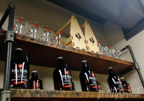 Refillable Growlers, Glasses and Wooden Growler Holders